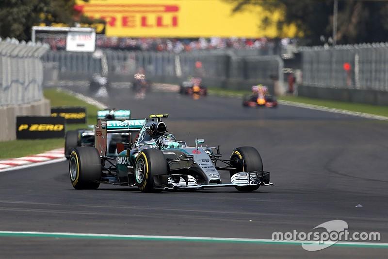 Ricciardo teme Mercedes ainda mais dominante em 2016