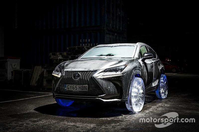 Bijzondere creatie: Lexus NX (2.200 kg) rijdt op wielen van ijs