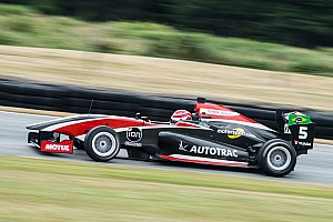 Other open wheel Reporte de la carrera Pedro Piquet triunfa en Teretonga