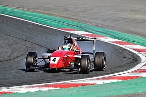 Indian Open Wheel Reporte de la carrera MRF Challenge: Triunfo de Troitskiy en la segunda carrera