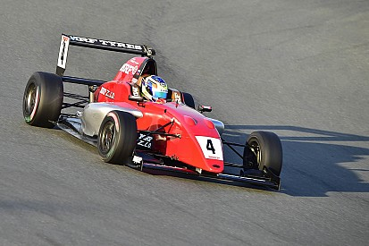 MRF Challenge: Nikita Troitskiy vince Gara 2