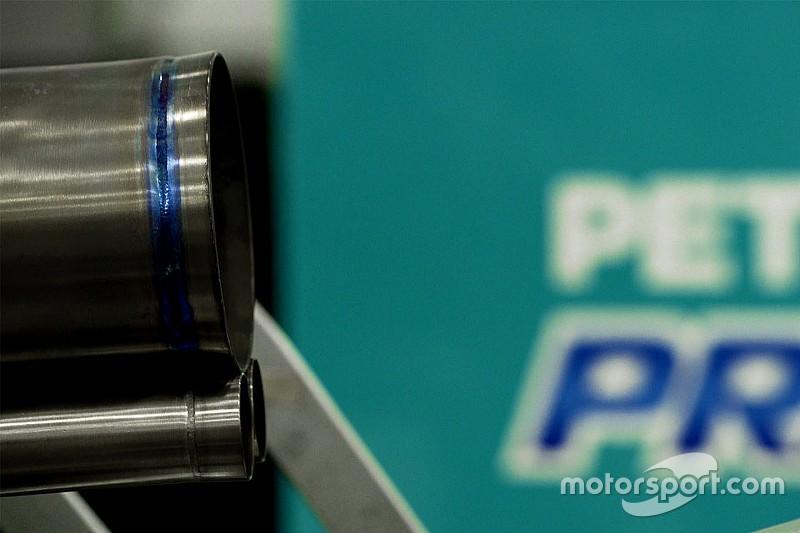 Mercedes ofrece una visión de los nuevos tubos de escape