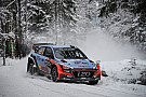 La i20 WRC 2016 è veloce ma poco affidabile: Hyundai corre ai ripari