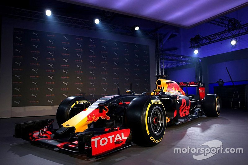 Red Bull advierte: no nos descarten