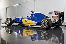 Ainda sem carro novo, Sauber mostra pintura para testes