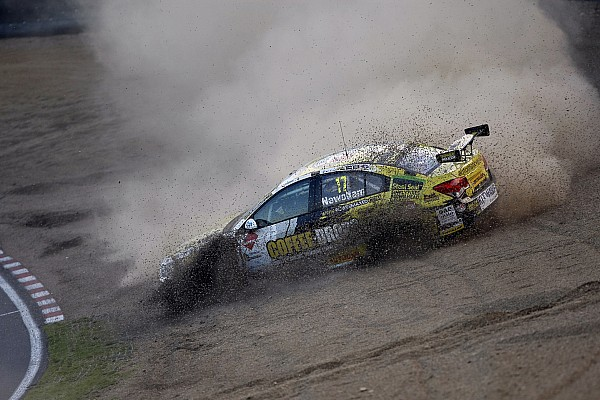 Newsham leaves BTCC for rallycross
