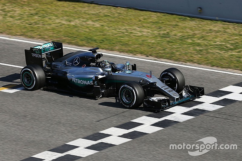 Continuará la alternancia entre Rosberg y Hamilton en las pruebas, dice Mercedes