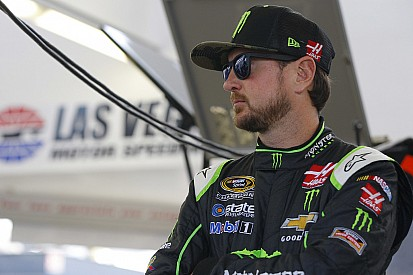 Seconda pole di fila per Kurt Busch