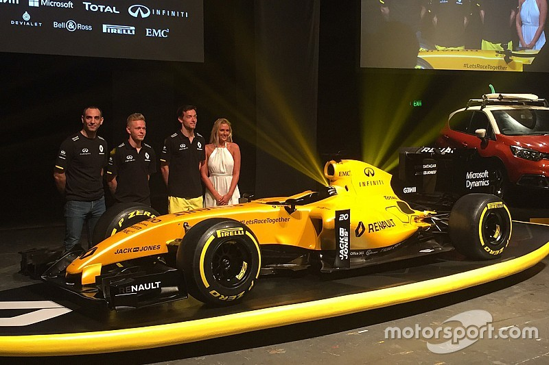 雷诺携R16金黄色正式涂装开始新赛季
