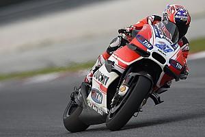 MotoGP Testbericht 65 Runden in Katar: Casey Stoner testet aktuelle MotoGP-Ducati