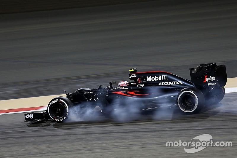 """Button culpó a un """"masivo sobreviraje"""" por su resultado de calificación"""