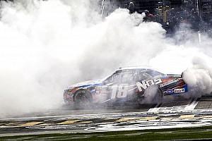 NASCAR XFINITY Reporte de la carrera Kyle Busch logró su 80° triunfo en la Serie Xfinity