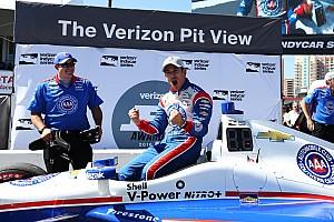 IndyCar Reporte de calificación Castroneves se lleva la pole en Long Beach