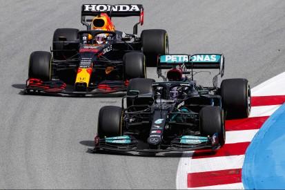 23 Sekunden aufgeholt: Wie Lewis Hamilton in Spanien gewinnen konnte