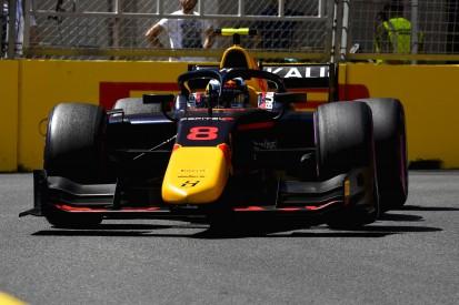 Formel 2 in Baku: Jüri Vips siegt, David Beckmann fährt auf das Podium