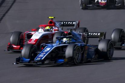 Formel 2 Silverstone 2021: Guanyu Zhou gewinnt das Hauptrennen