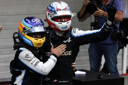 """""""Fantastischer Kerl"""": Esteban Ocon jubelt dank Alonso über ersten Formel-1-Sieg"""