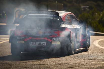 WRC Rallye Spanien 2021: Neuville führt mit 0,7 Sekunden vor Evans