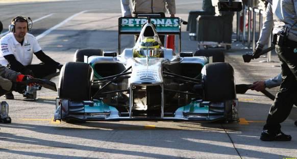 Jerez'in üçüncü gününde Rosberg lider