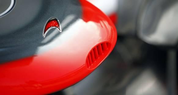 McLaren F1'in ilk 'karbonsuz' takımı oldu