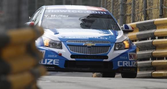 Muller üçüncü kez WTCC şampiyonu oldu