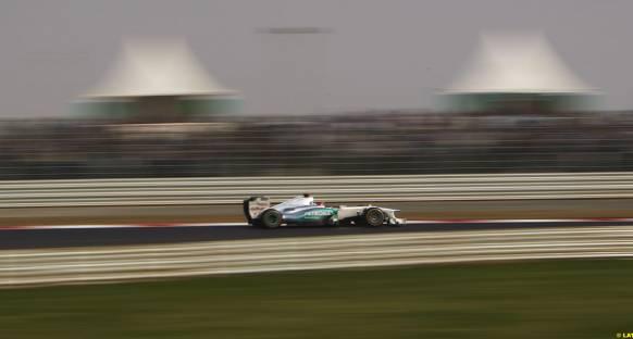 Schumacher: Toz geçişleri zorlaştırabilir