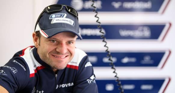 Barrichello güvenlik aracından yakındı