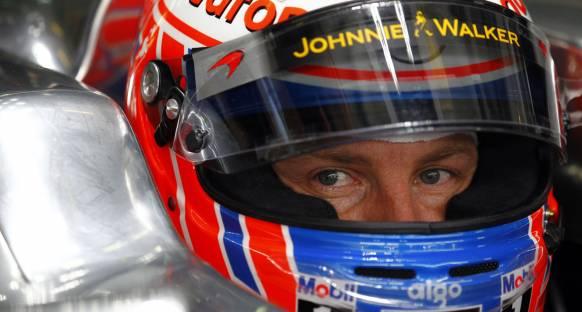 Button: Singapur sezonun en zorlu yarışı