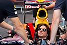 Tom Cruise Red Bull'la teste çıktı