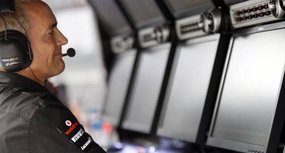 Whitmarsh: News Corp F1'den vazgeçmeyecek