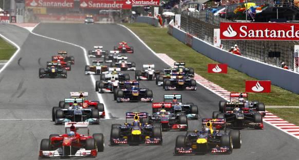 McLaren çifti ve Webber inceleme altında