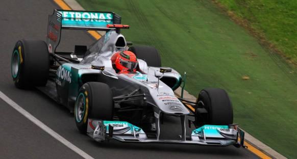 Schumi: Mercedes'in defterini dürmek için çok erken