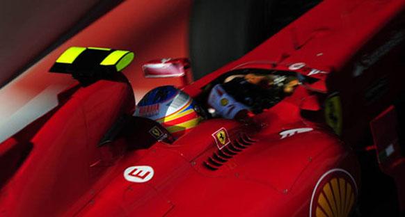 Alonso Hamilton'ın formundan memnun