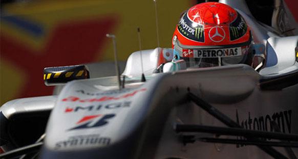'Mercedes Schumi merkezli çalışıyor'