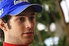 Senna Fransa'da ilk cebi kaptı, kaza yaptı