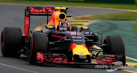 Horner, Red Bull'un Ferrari'yi yakalayabileceğini düşünüyor