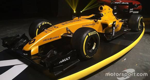 Renault yeni görüntüsünü tanıttı