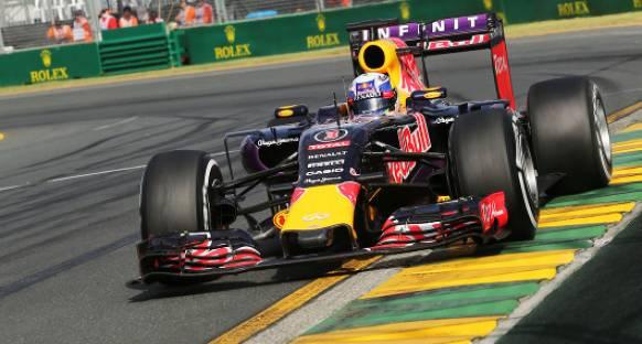 Ricciardo 'Bizden korktukları için motor vermiyorlar'