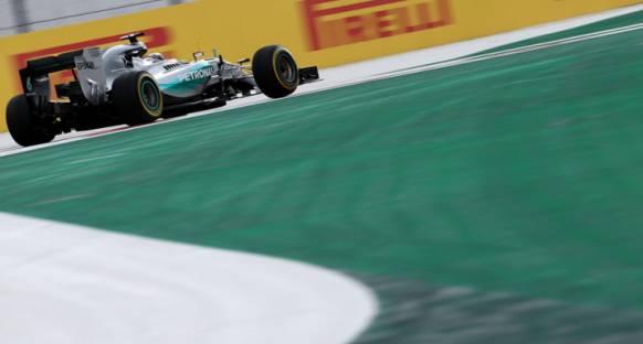 Pirelli, Hamilton'un özel lastik önerisini reddetti