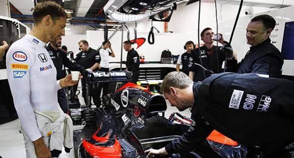 McLaren, Suzuka'da Vites Kutusu Çözümünü Test Edecek