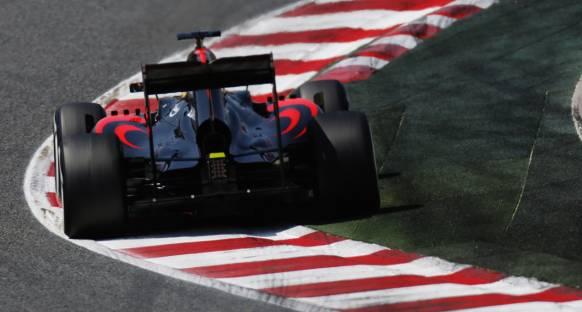 McLaren ceza almaya devam ediyor
