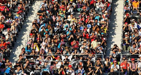Önemli F1 figürleri anket sonuçlarına karşı temkinli