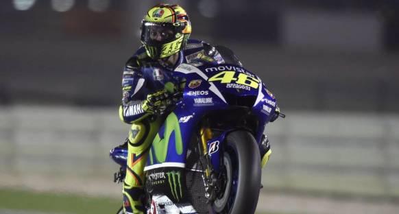 Rossi, Dovizioso'yu yendi ve ilk yarışı kazandı!