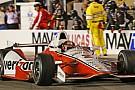 Montoya, IndyCar'ın sezon açılış yarışını kazandı