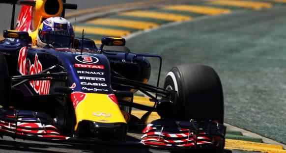 Red Bull Malezya'da, test ayarlarına geri döndü
