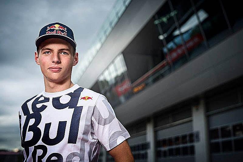 Ферстаппен подтвержден в Toro Rosso