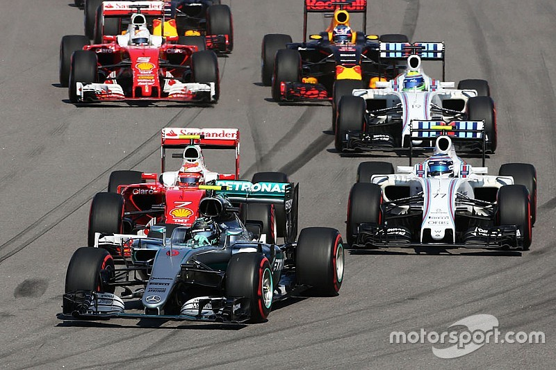 Rosberg in Russia fa poker, mentre Vettel è subito ko