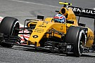 Troppe forature per la Renault: cosa sta succedendo?