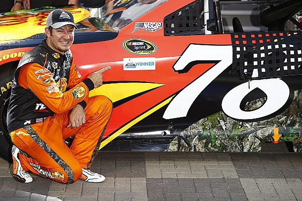 NASCAR Cup Martin Truex Jr décroche la pole au Coca-Cola 600
