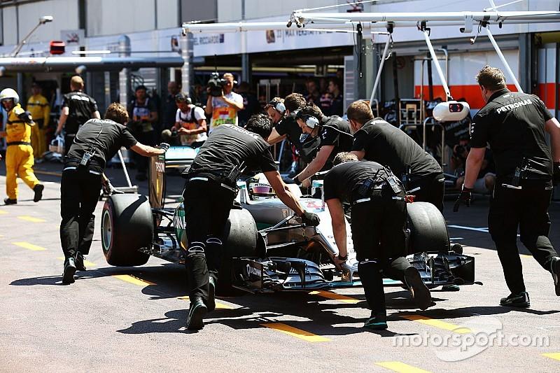 """Hamilton baalt: """"Pole-positie lag voor het grijpen"""""""